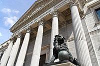 El Pleno aprueba el Proyecto de Ley de Presupuestos Generales del Estado para 2013, que continúa su tramitación en el Senado