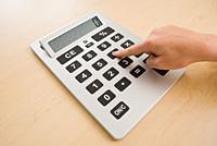 El Gobierno aprueba un conjunto de medidas para fomentar la actividad empresarial, la inversión y el empleo