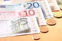 Recurso de inconstitucionalidad contra el Decreto Ley de Cataluña de Impuesto sobre los depósitos en entidades de crédito