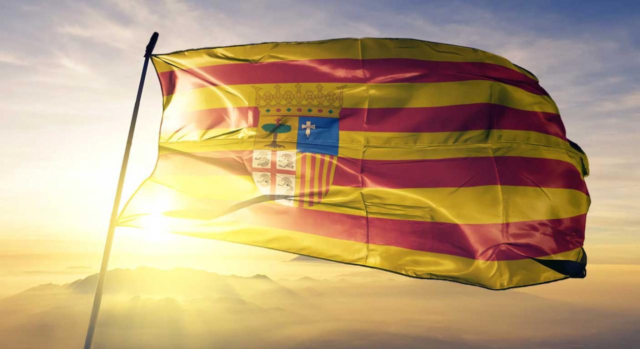 Aragón actualiza sus medidas tributarias por la prórroga del estado de alarma. Imagen de la bandera de Aragón