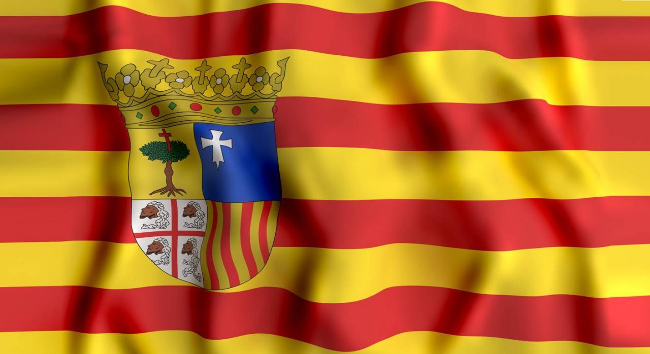 Aragón amplia nuevamente la presentación y pago de impuestos durante la desescalada. Imagen de la bandera de Aragón