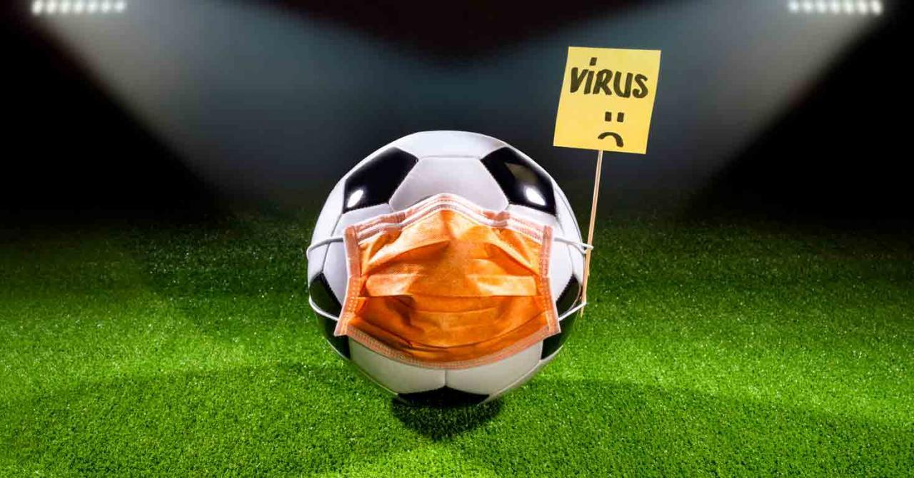 Bizkaia prorroga la vigencia temporal del régimen fiscal de la fase final de la «UEFA Euro 2020». Imagen de un campo de futbol con un balón con la mascarilla puesta