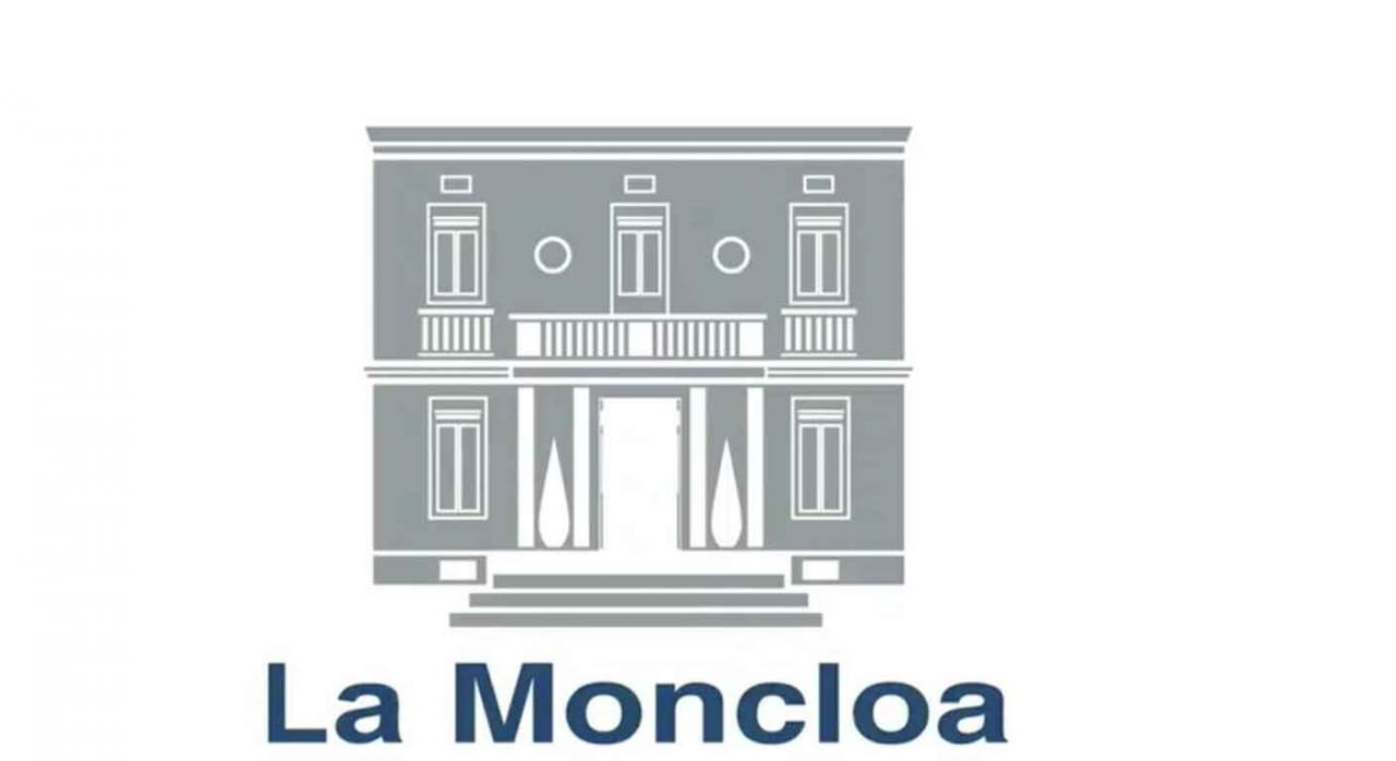 Imagen de la fachada de la Moncloa