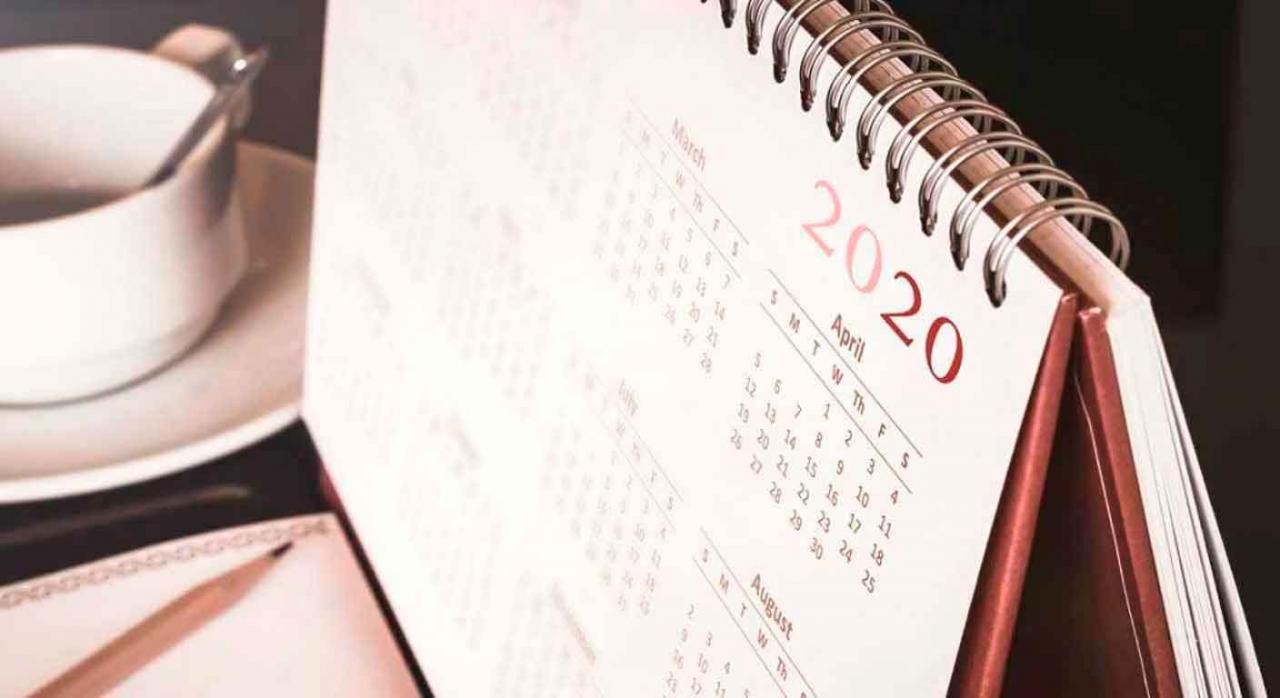 Calendario de sobremesa del año 2020