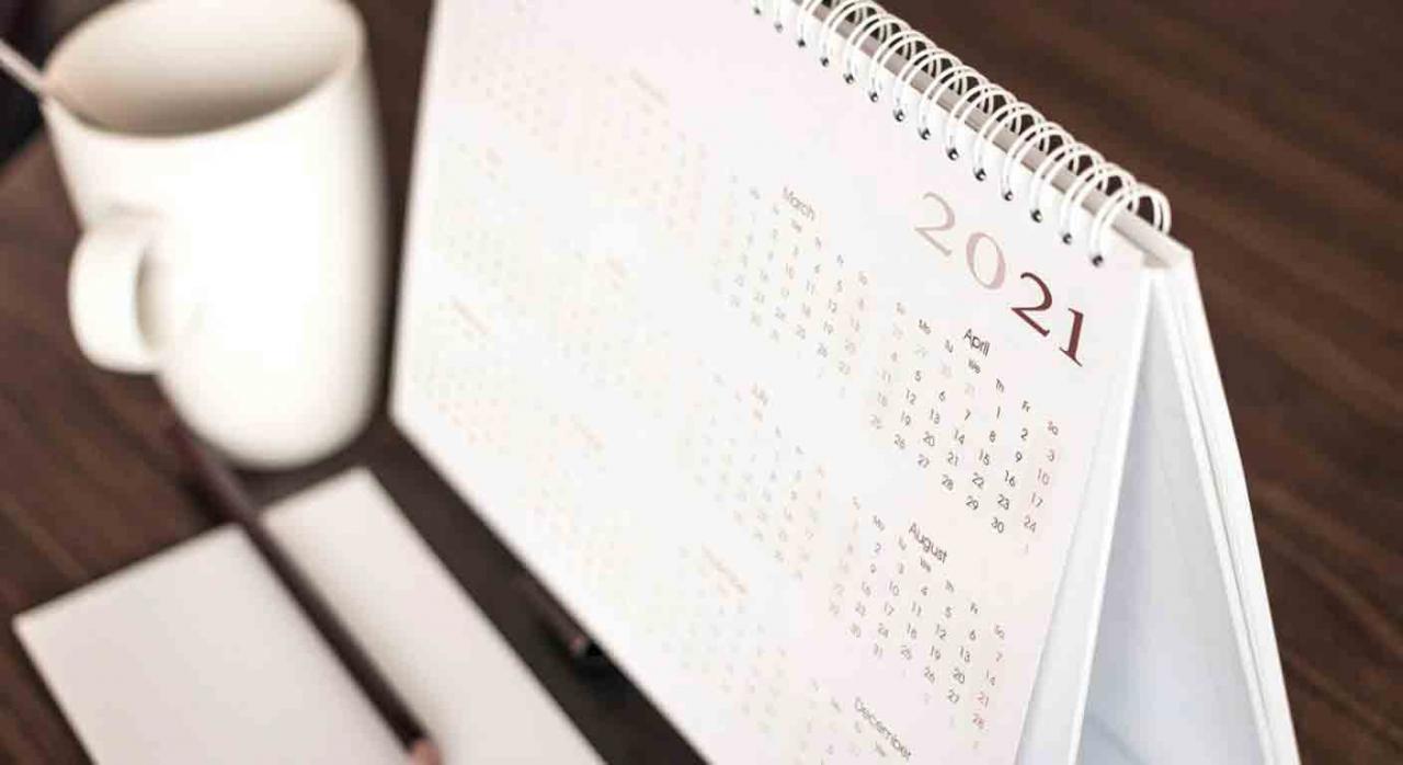 Calendario del contribuyente. Calendario de mesa del año 2021