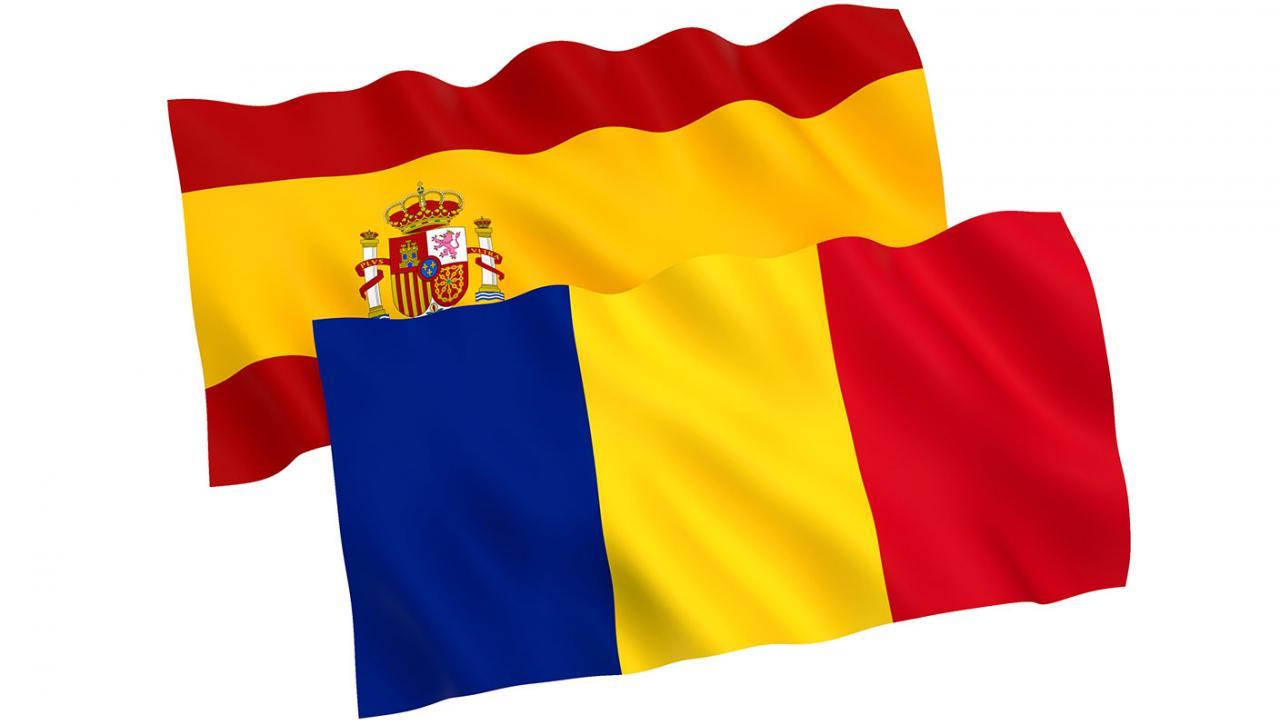 Bandera de España y Rumanía para el convenio entre ellos