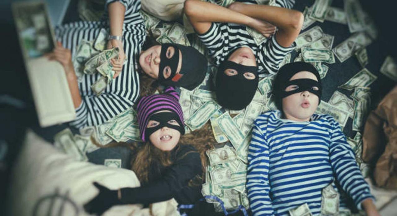 Responsabilidad solidaria, ocultación de bienes, Hacienda, menores de edad, TS. Imagen de unos niños
