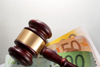 """Acordado el planteamiento de cuestión de inconstitucionalidad contra la """"ley de tasas judiciales"""""""